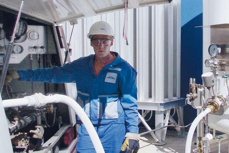 CHI-021-2011_ref_chemie_gase_Metallfaltenbalgdichtung_MFLS12